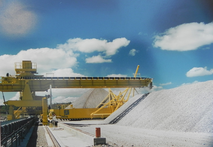 Compañia Uruguaya de Cemento Portland – Apilador y rascador de piedra – Sala de prehomogeneización